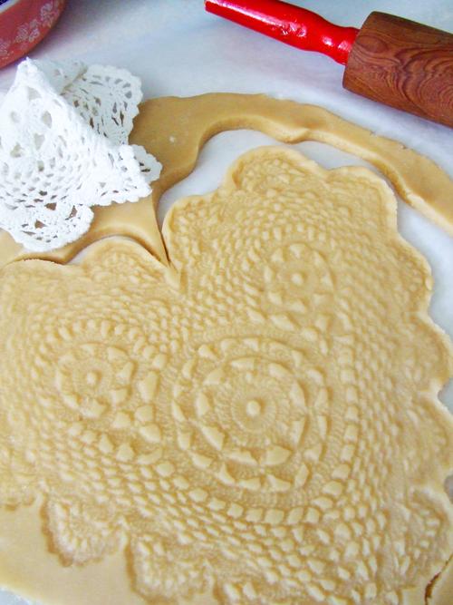 Doily Print Cookies