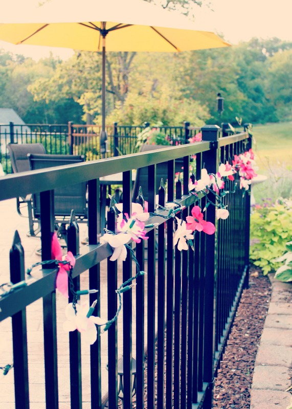 Easy to make outdoor summer party lights using dollar store flowers   OHMY-CREATIVE.COM