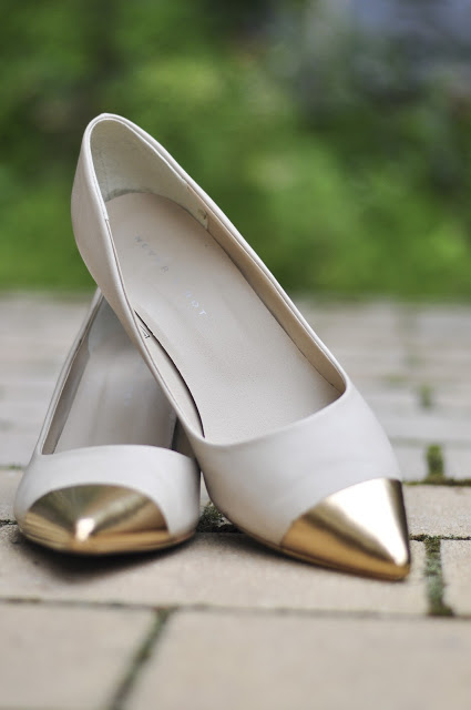 diy Gold tip shoes