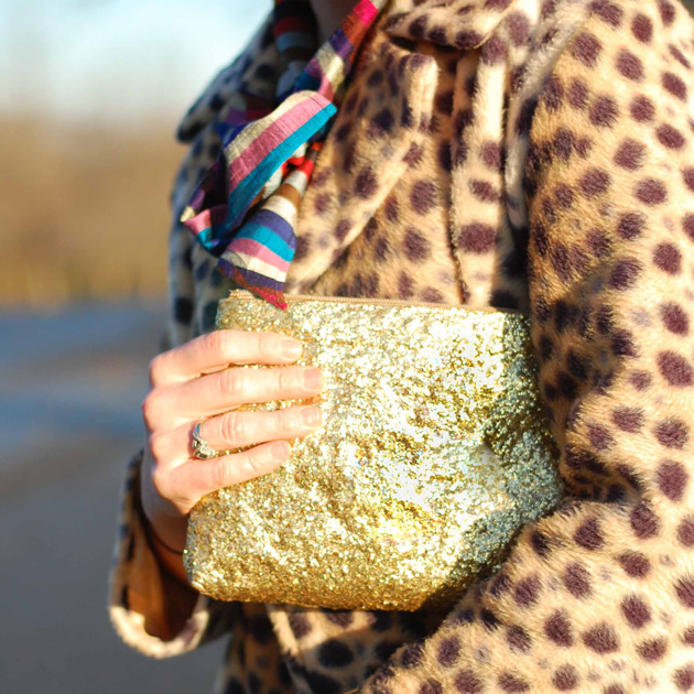 DIY Glitter Clutch Purse