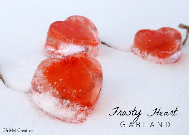 Frosty Valentine's Day Heart Garland  |  OHMY-CREATIVE.COM
