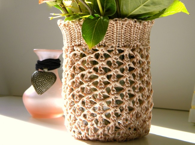 Sweater-Vase-3