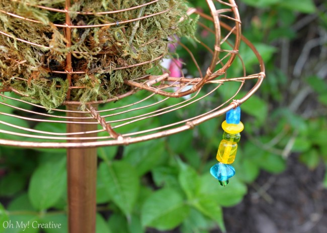 Goodwill find made into Wire Teacup Garden Stake - OhMy-Creative.com