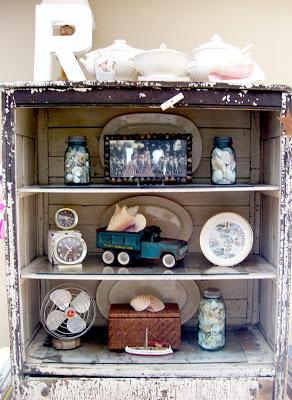 Vintage bookshelf style