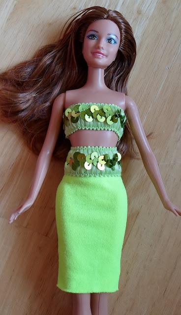 hand sew a Barbie headband dress