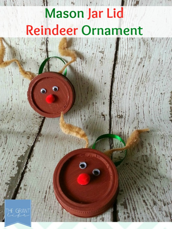 Easy-Mason-Jar-Lid-Reindeer-Ornament.-
