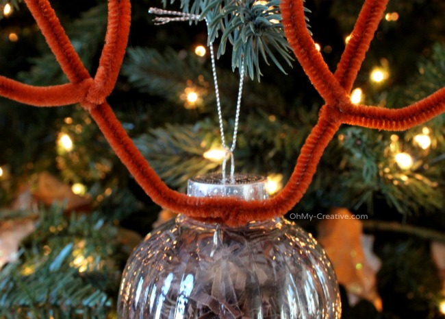 Rudolph Ornament Kids Craft  |  OhMy-Creative.com