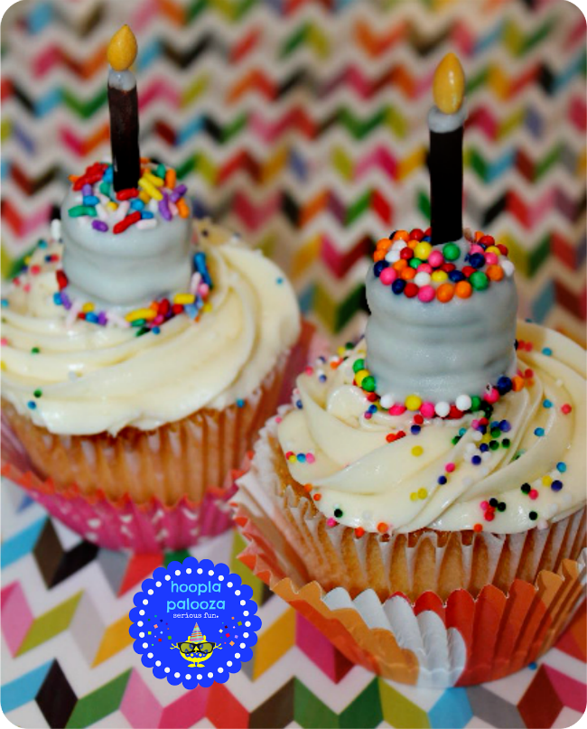 18-bite-size-oreo-birthday-cakes-cupcake-toppers-hooplapalooza.png