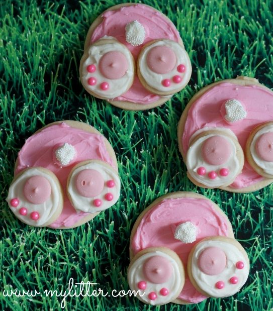 Easy to make 3 piece cookies that create the image of a bunnys bottom when together
