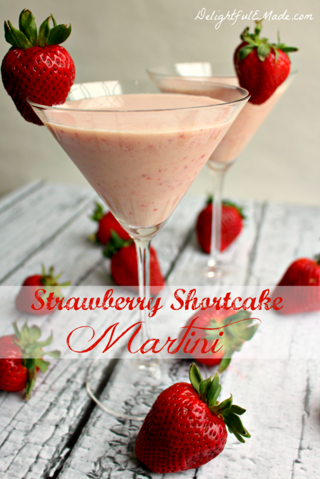 Strawberry Shortcake Martini-by-www.DelightfulEMade.com