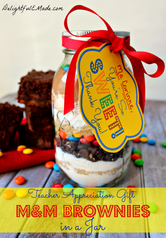 M&M-Brownies-in-a-Jar-by-DelightfulEMade.com