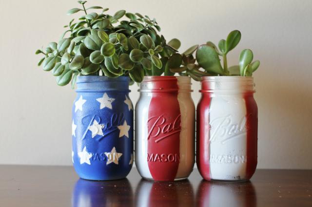 Easy American Mason Jar Planters Tutorial