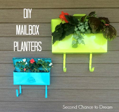 DIY Mailbox Planters