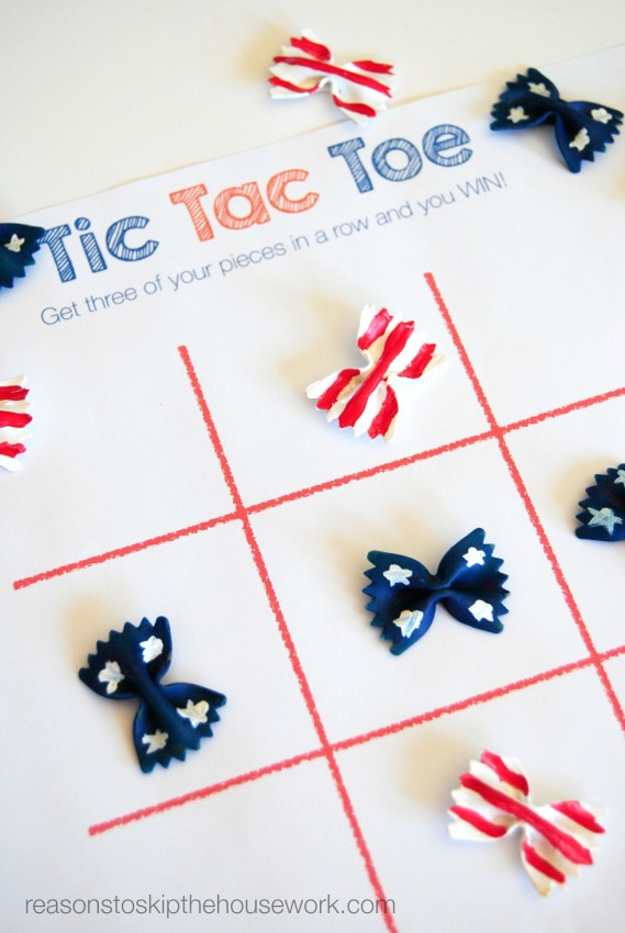 Patriotic tic tac toe game