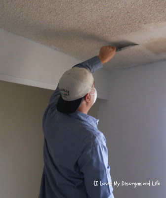 Removing popcorn from ceilings