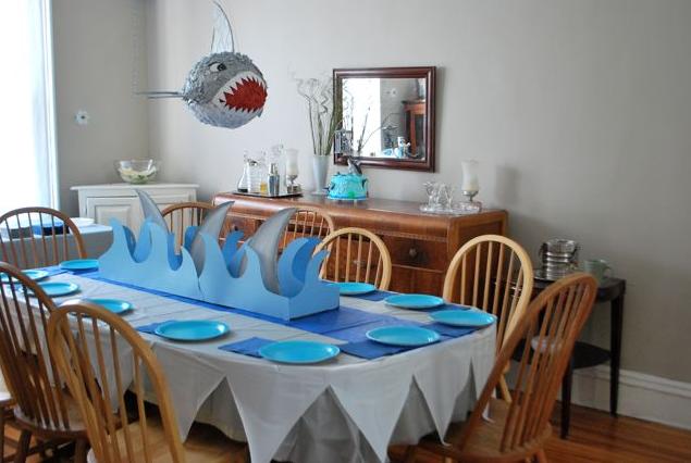 Shark fin table decor