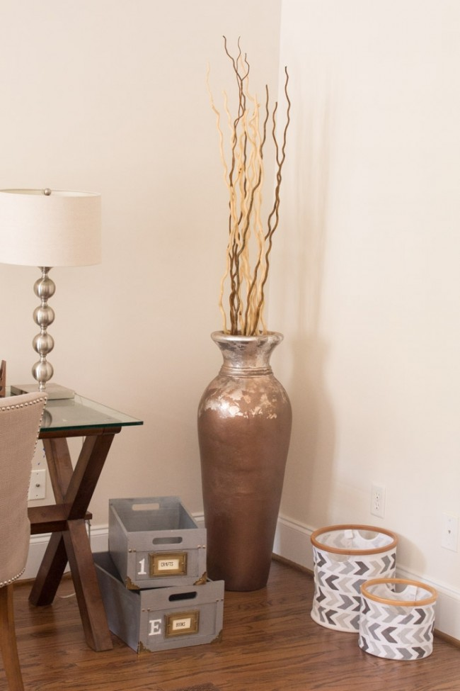 How to create a Silver-Leaf-Accent-Vase