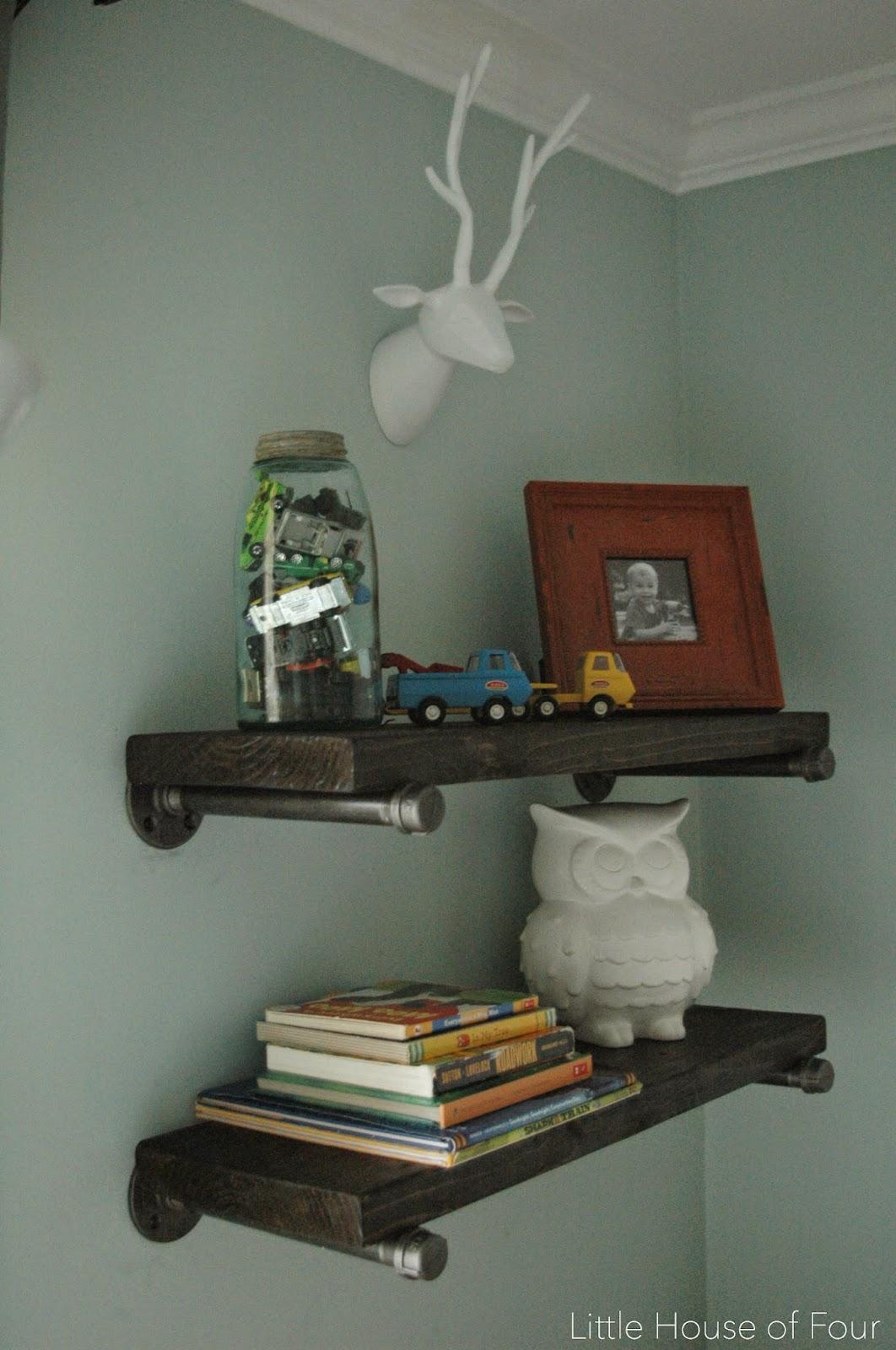 DIY Steel Pipe Shelves