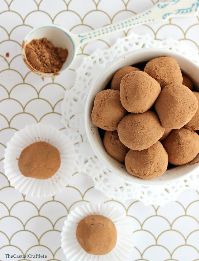 3 Ingredient Chocolate Truffles