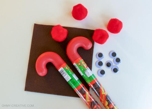 Supplies To Make Candy Cane Reindeer Kids Treats | OHMY-CREATIVE.COM