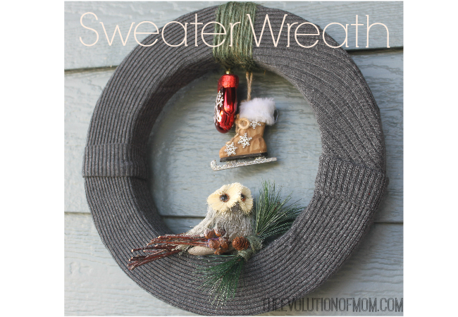 Sweater-Wreath