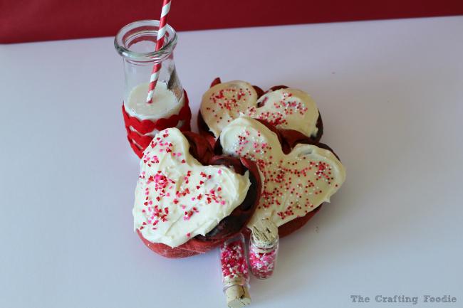 Chocolate Filled Red Velvet Coffee Cake | Heart-shaped desserts | Red Velvet Cake Recipe | Red Velvet | Coffee Cake Recipe | Coffee Cake | Valentine's Day | Heart Cakes | Valentine's Day Breakfast | Valentine's Day Dessert | Heart Shaped
