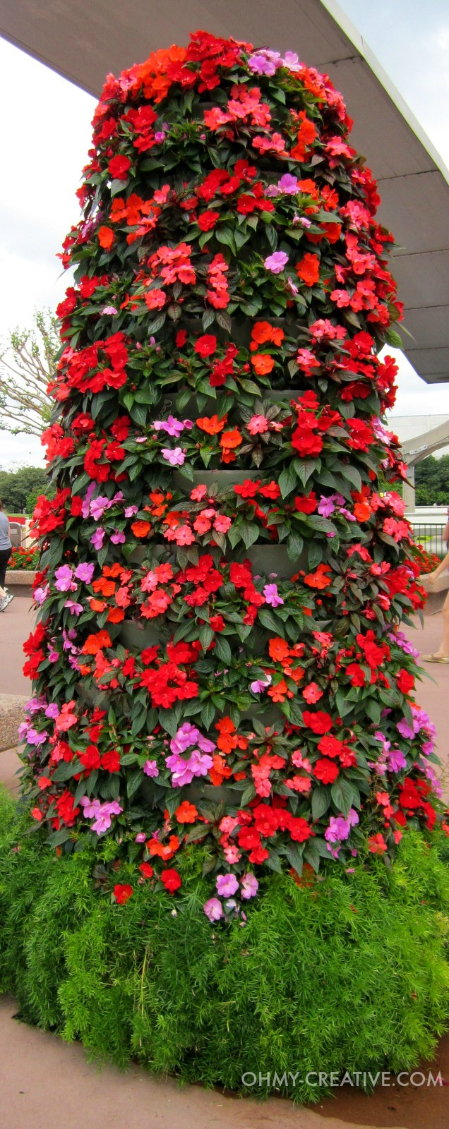 Flower Topiarie Epcot International Flower and Garden Festival   |  OHMY-CREATIVE.COM