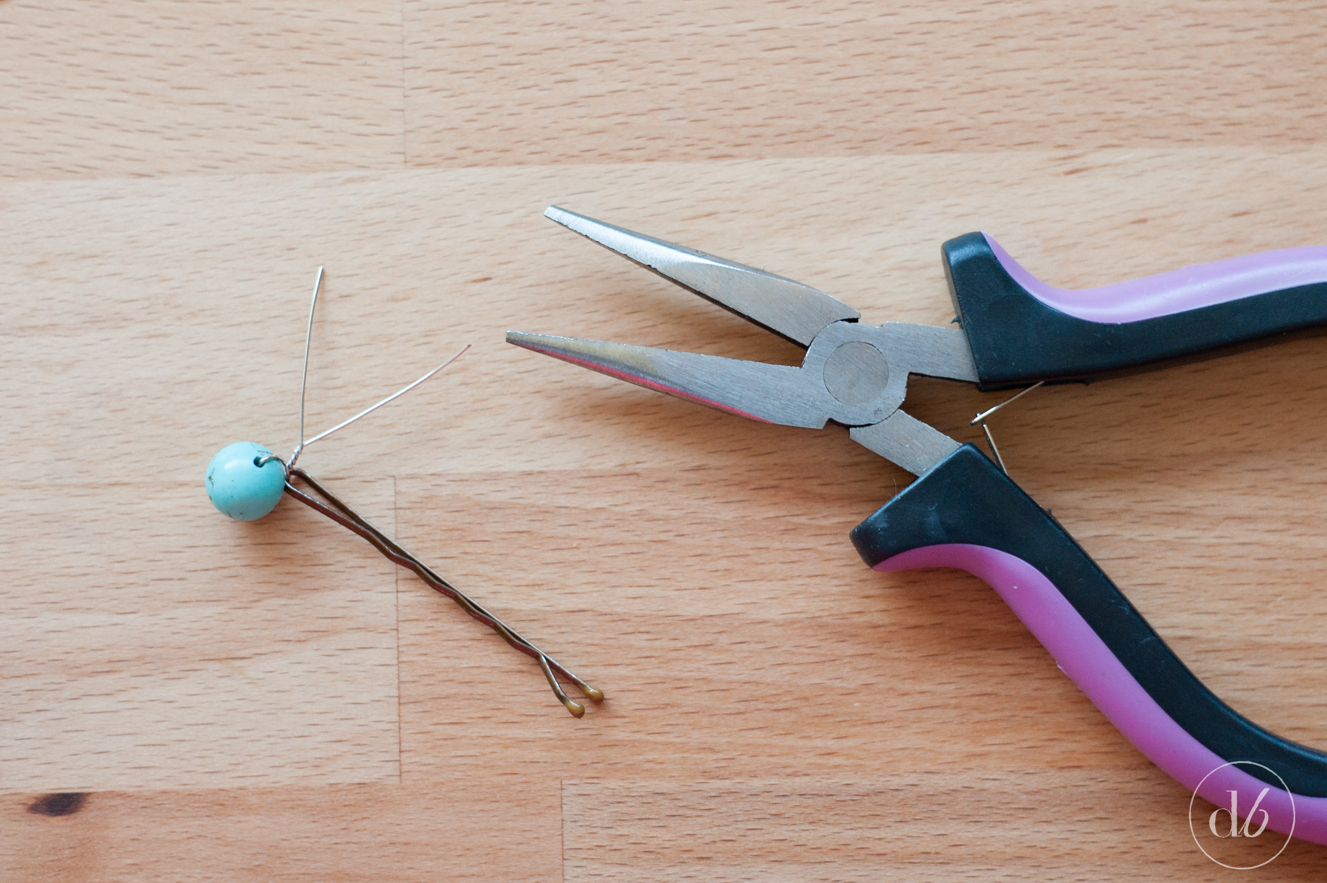 ... pins. In a few easy steps you can make your own DIY Beaded Bobby Pins
