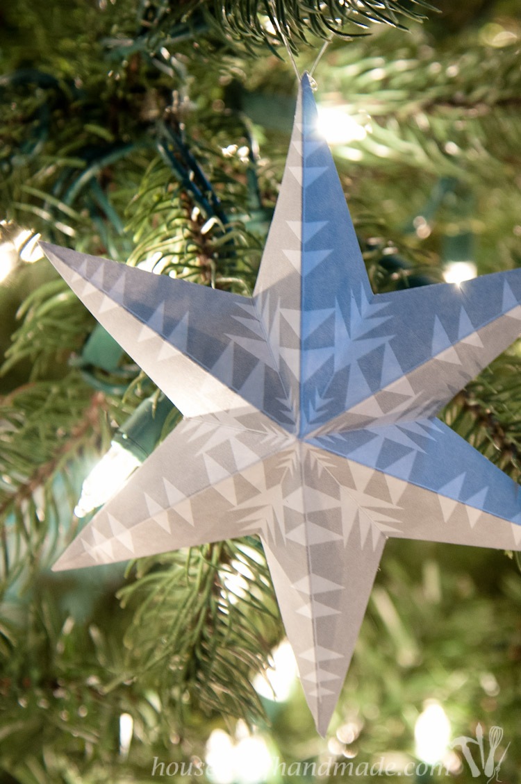 Trim The Tree With These Beautiful Printable 3d Snowflake Star Ornaments  Easy To Print And