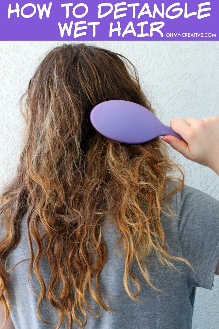 How To Detangle Hair With a Hairbrush That Doesn't Hurt