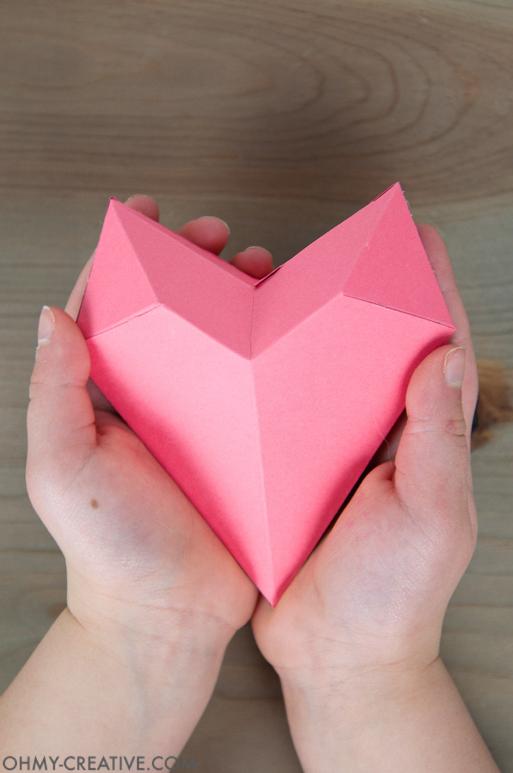 How to make a 3d paper heart box oh my creative how to make a 3d paper heart box paper valentine free printable valentine jeuxipadfo Image collections