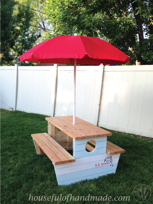 Build the perfect picnic table for your kids with these free build plans from Housefulofhandmade.com