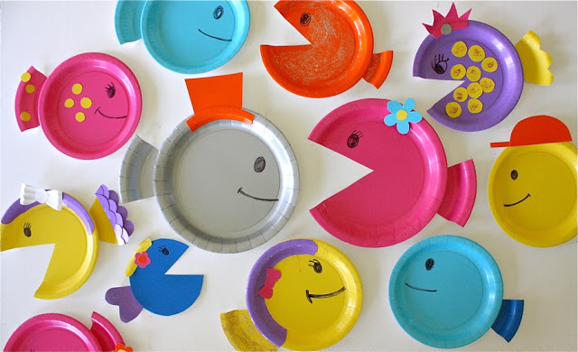 Under the sea fish paper plate craft   20 PAPER PLATE CRAFTS FOR KIDS   OHMY-CREATIVE.COM   kids crafts   paper plates   preschool crafts   kindergarten crafts   school kids crafts   Under the sea crafts   paper plate animal crafts   rainbow craft   olympics craft   watermelon craft   monster craft   paper craft