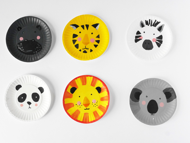 animal face paper plate kids crafts | 20 PAPER PLATE CRAFTS FOR KIDS | OHMY- & 20 Paper Plate Crafts For Kids - Oh My Creative