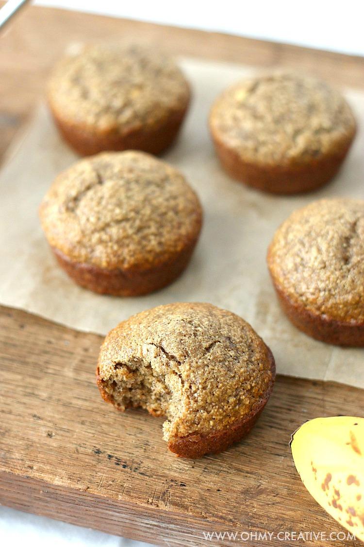 Banana Muffin Recipe   OHMY-CREATIVE.COM   Banana Muffins   Healthy Banana Muffins   Banana Muffins Recipe   Easy Banana Muffins   Breakfast Muffins   Breakfast ideas for Kids   Banana Muffins healthy