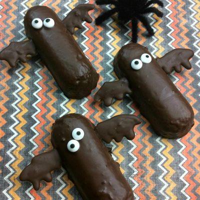 Halloween Twinkie Chocolate Bats