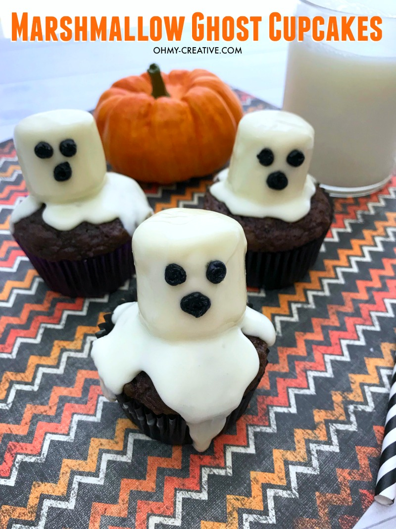 Easy Marshmallow Ghost Cupcakes for Halloween
