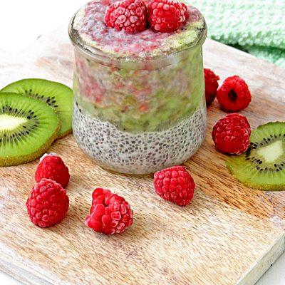 Kiwi Raspberry Chia Pudding
