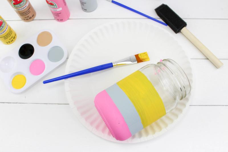 Paint white and yellow stripes on pencil mason jar craft