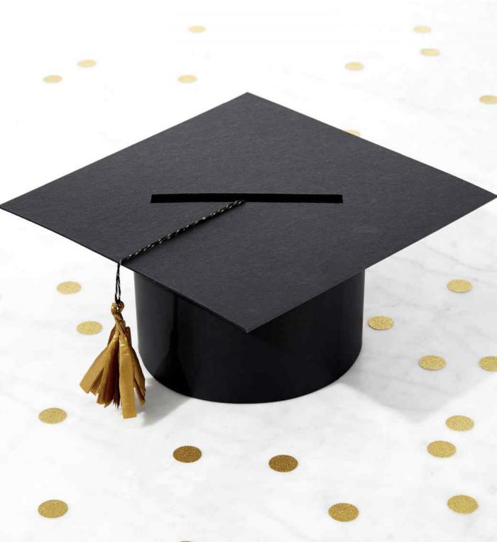 Graduation cap DIY grad party box with tassel.