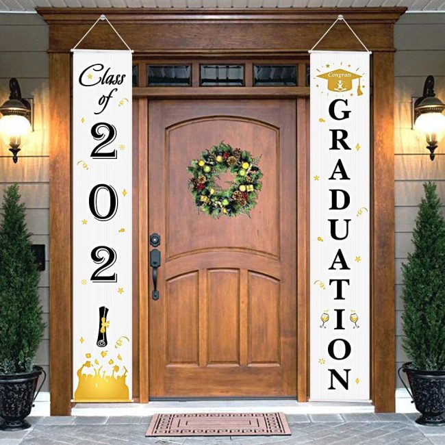 Graduation hanging porch banners.